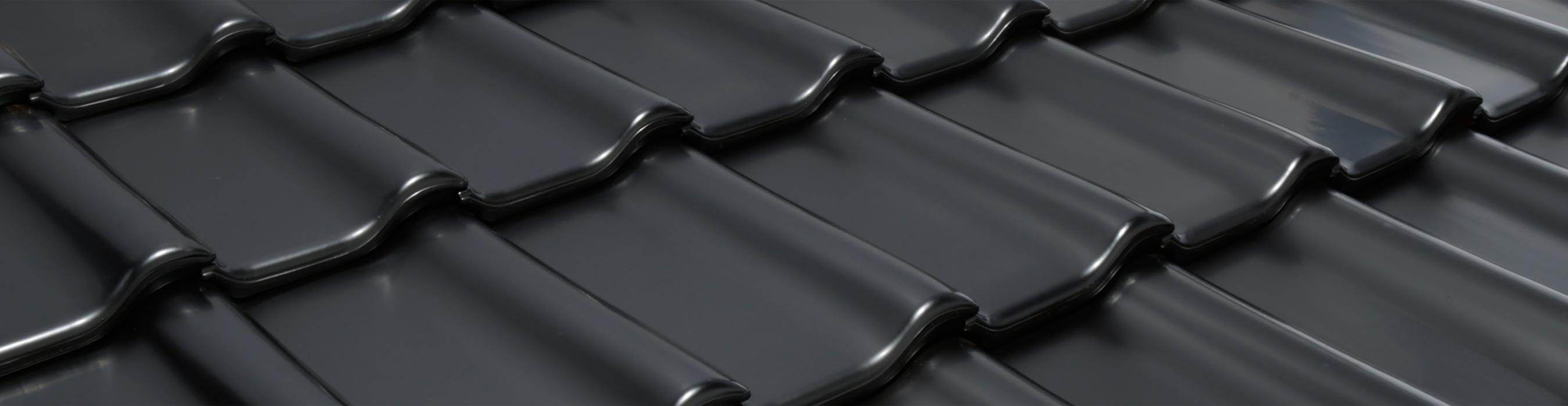 Laumans Dachziegel TIEFA SUPRA® in Farbe Nr. 40 – schwarz-satiniert