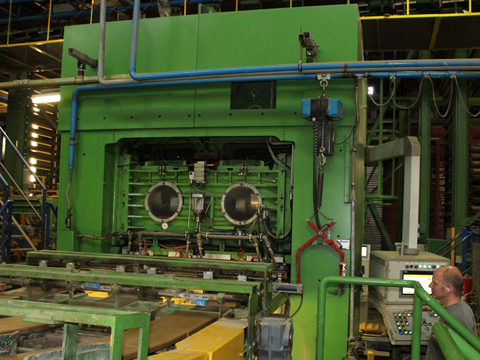 Pressemitteilung - Produktionsstätte Laumans Premium Dachziegel Brüggen
