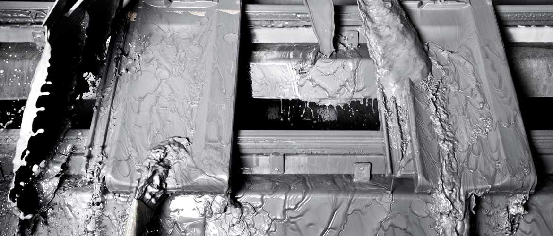 Dachziegelherstellung - Farbgebung in der Dachziegelproduktion